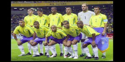 Se coronó al lado de estrellas como Cafú, Roberto Carlos y Ronaldo Foto:Getty Images