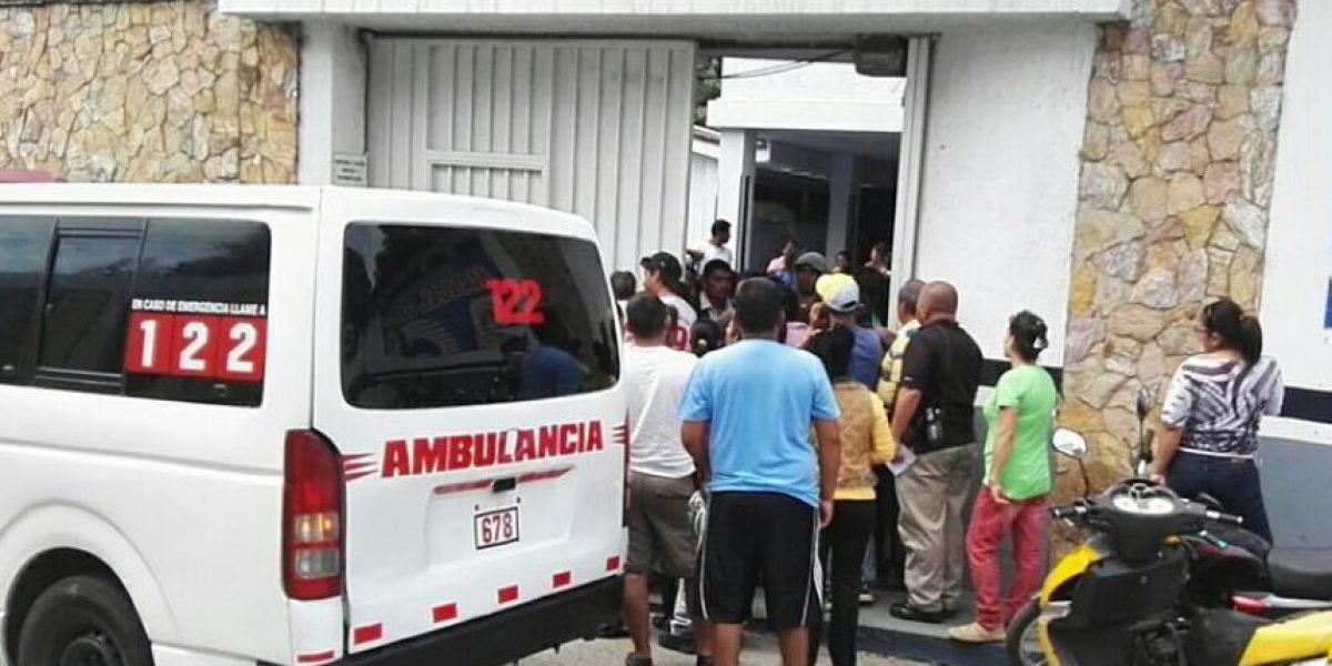 Trasladan a 32 estudiantes por intoxicación en Boca del Monte