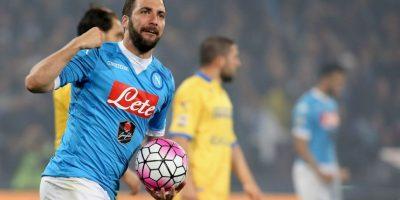 Napoli rechazó millonaria oferta por Gonzalo Higuaín