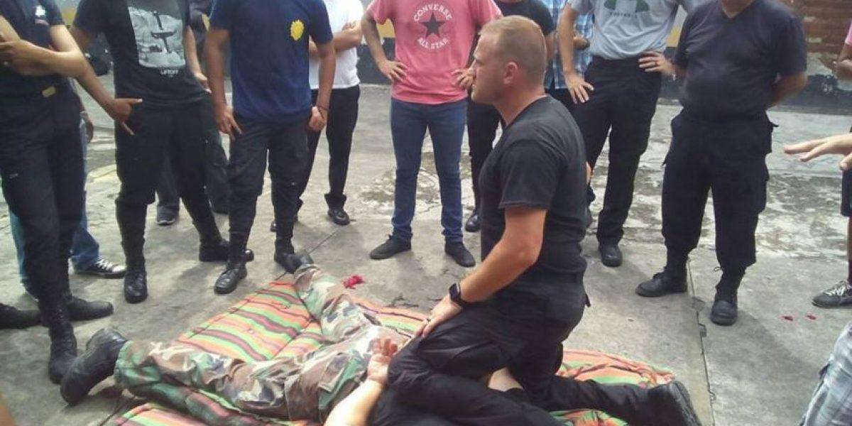 SWAT capacita a agentes de PNC en Escuintla