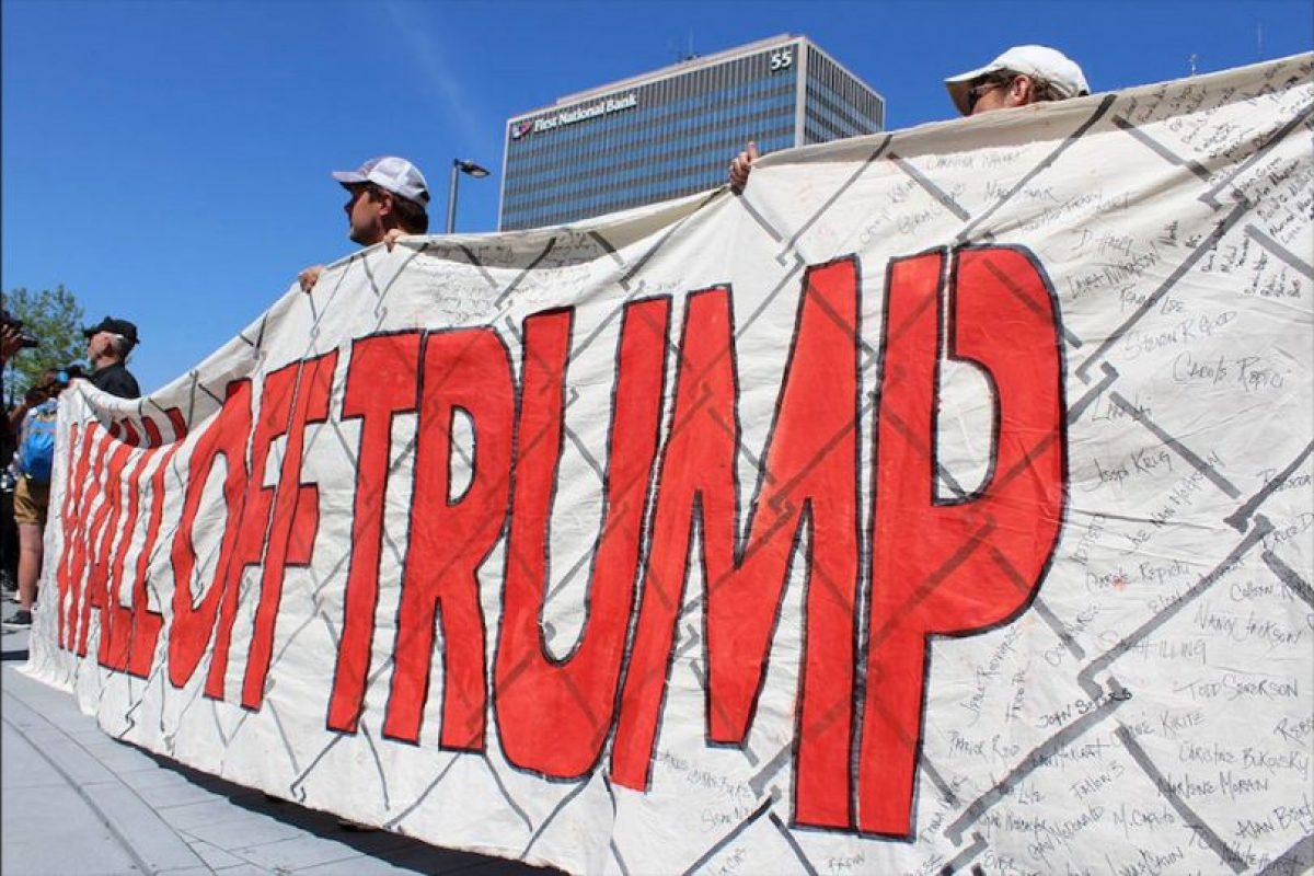 El objetivo era uno solo: dejar claro su oposición a la construcción de un gran muro en la frontera entre México y Estados Unidos. Foto:Publimetro
