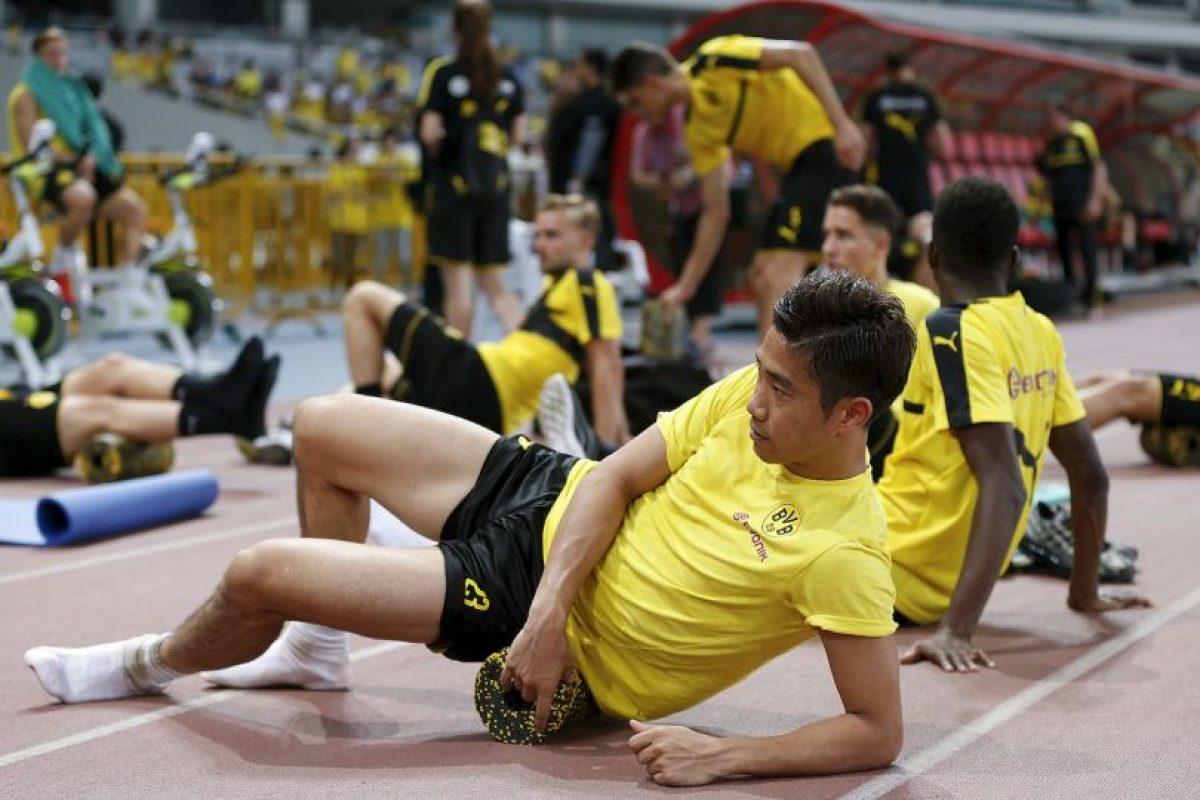 Shinji Kagawa pasó del Cerezo Osaka a Borussia Dortmund, luego partió a Manchester United y volvió en 2014/2015 a Alemania Foto:Getty Images