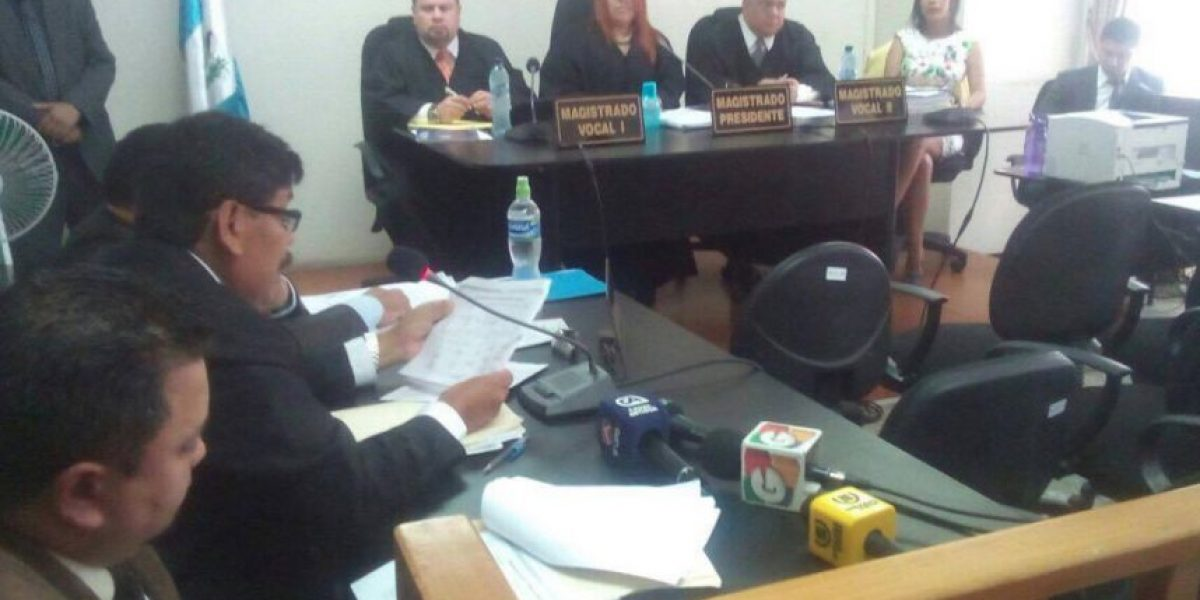Exalcalde de Antigua Guatemala quiere que le regresen sus propiedades