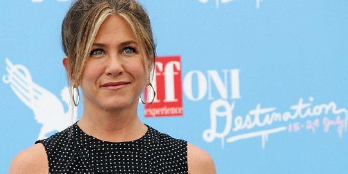 Jennifer Aniston lloró al ser cuestionada por una  adolescente