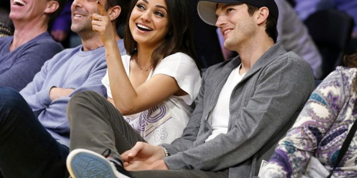 Mila Kunis revela cuánto mide la parte íntima de Ashton Kutcher
