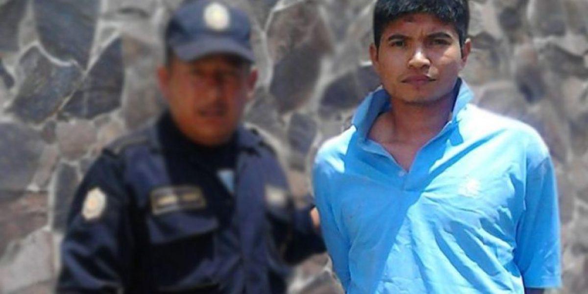 Lo capturan señalado de haber asesinado a su progenitora en Petén