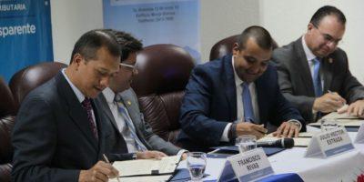 Firman convenio para mejorar controles de seguridad y calidad de productos en aduanas