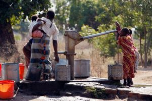 """Para realizar este ritual, las familias contratan los servicios de un """"limpiador"""" Foto:Getty Images"""