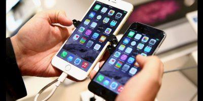 Otro de los fuertes rumores es que el nuevo iPhone no tendrá el conector para audífonos ya que funcionarán con tecnología bluetooth. Foto:Getty Images