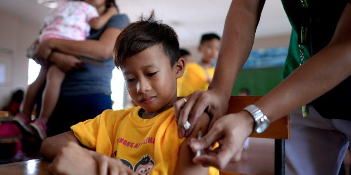 Anuncian el primer programa público de vacunación contra el dengue