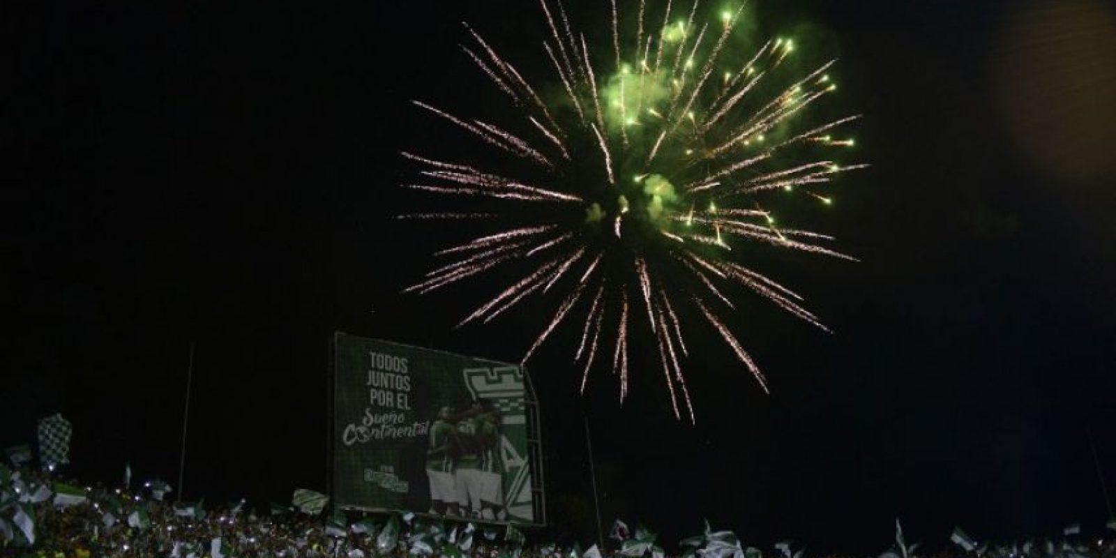 Los festejos se desataron en todo Colombia Foto:AFP