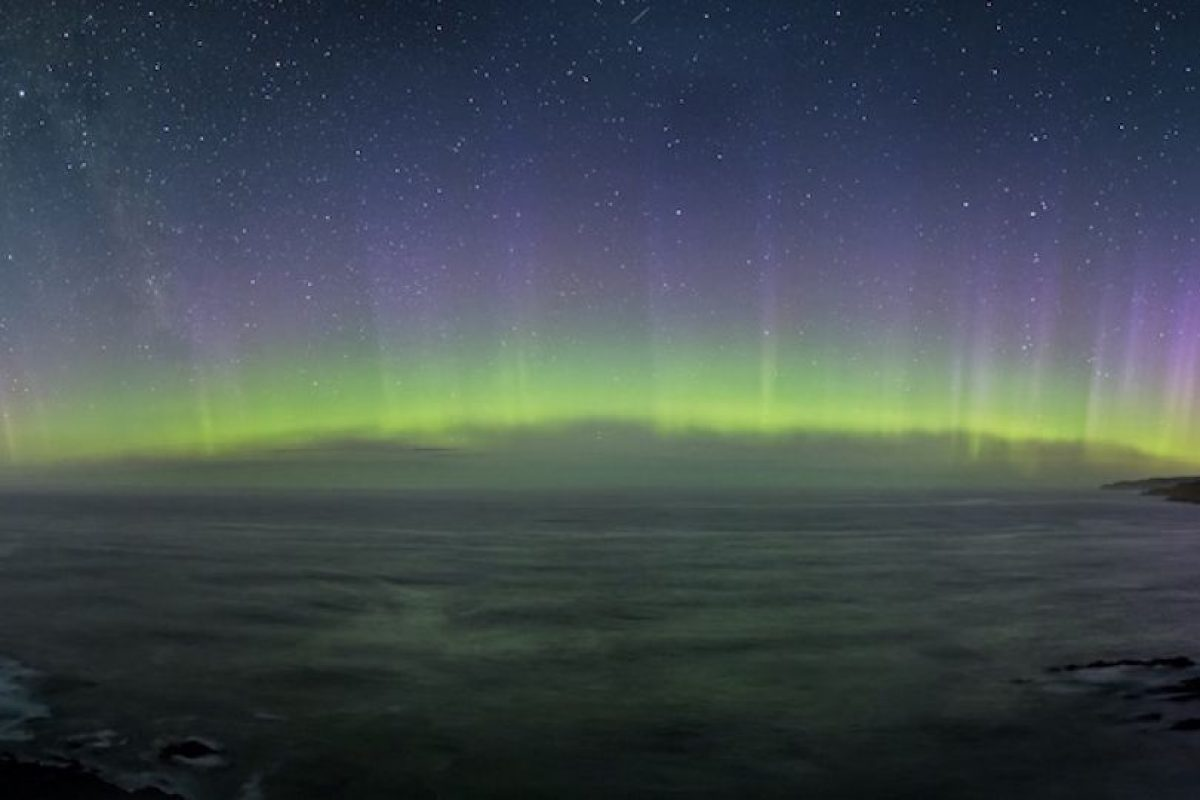 Auroral Nuggets Foto:Stephen Voss – Insight Astronomy Photographer of the Year 2016