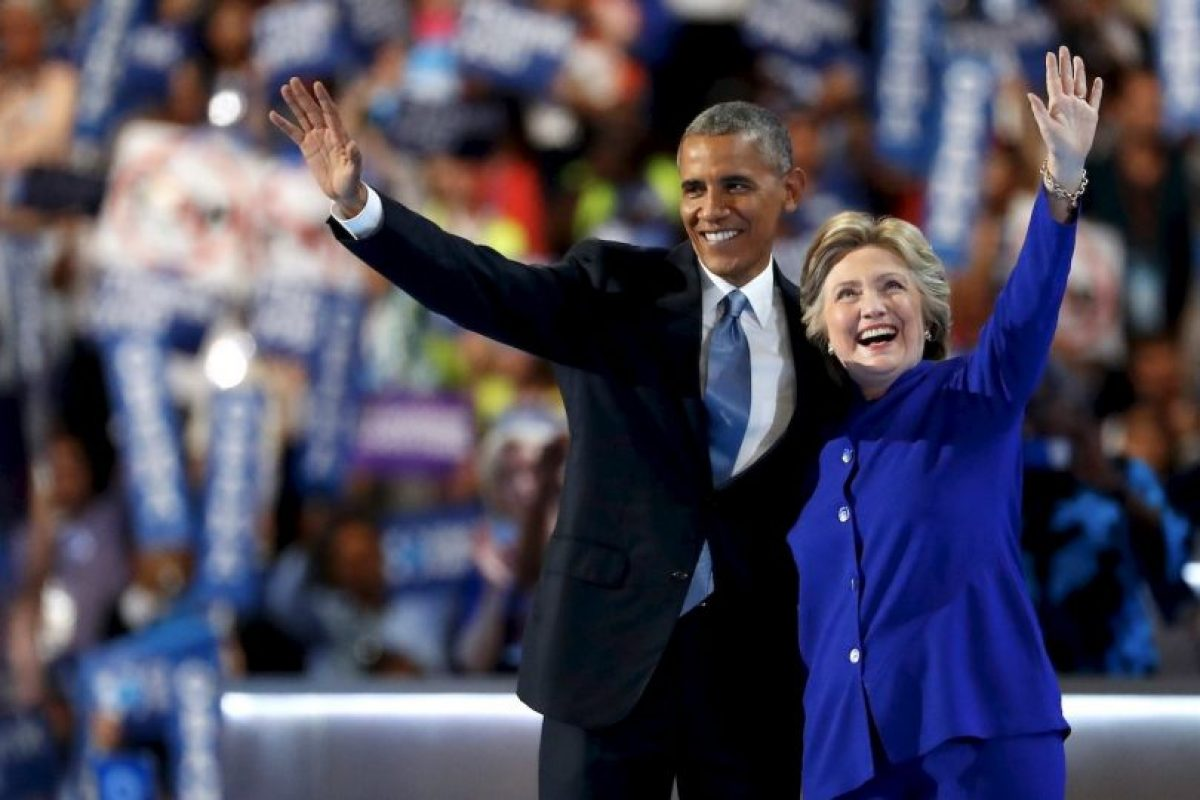 Al final de su discurso se le unió Hillary Clinton Foto:Getty Images