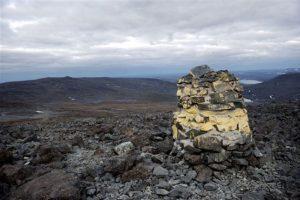 Este montículo marca la frontera entre Noruega y Finlandia Foto:AP