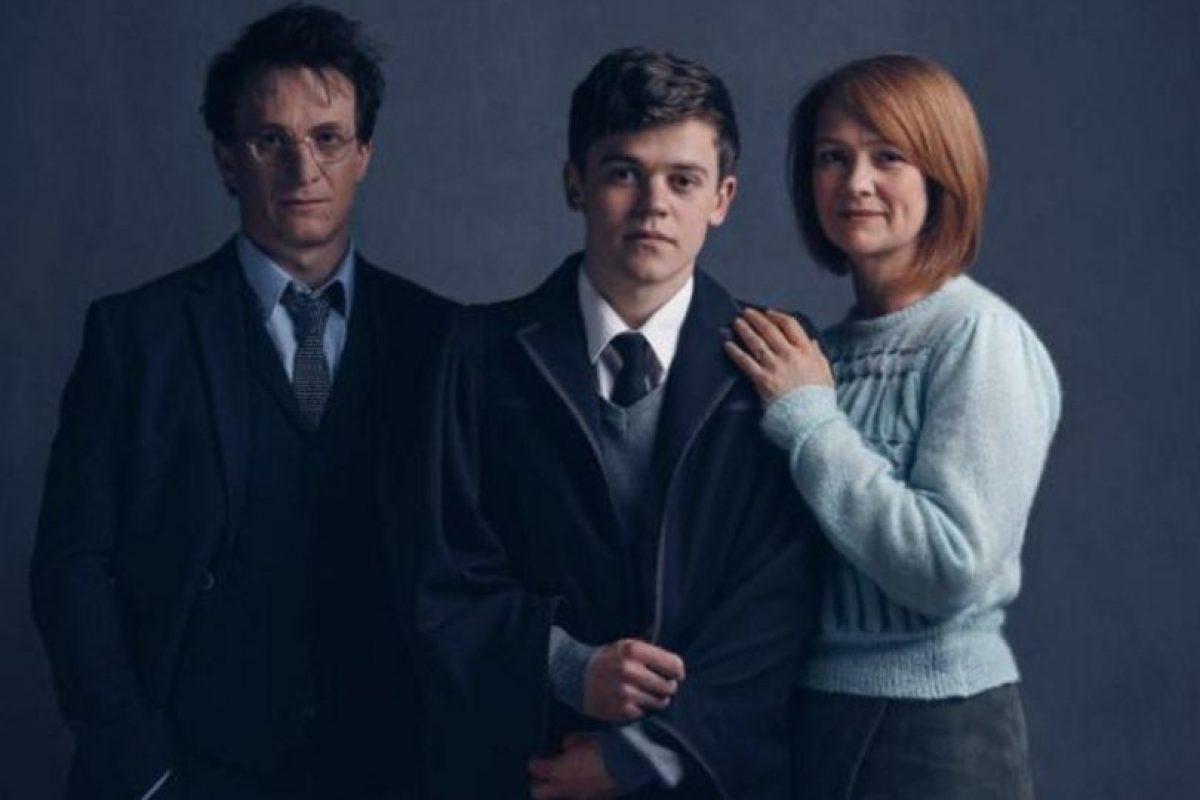 Harry, Albus Severus y Ginny. Foto:London Palace Theatre