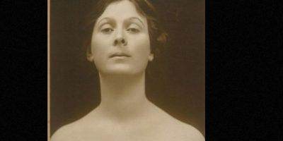 Isadora Duncan murió estrangulada por su propia bufanda, enredada en un auto en movimiento. Foto:Wikipedia