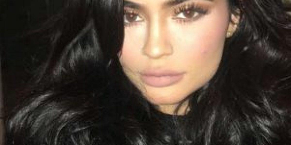 Kylie Jenner celebra su cumpleaños con transparente outfit