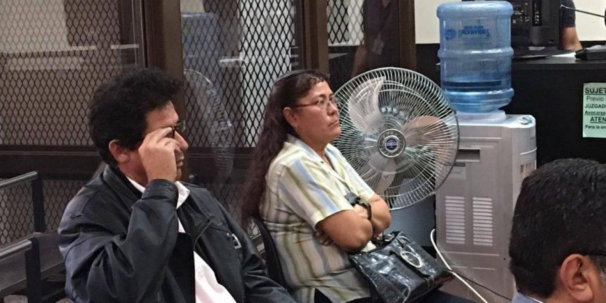 Hermana de Gudy Rivera comparece en audiencia por caso de adopciones irregulares