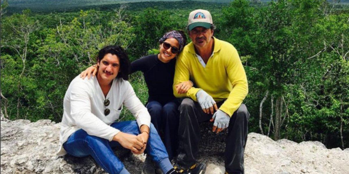 Ricardo Arjona y su hija, Adria, visitan Petén