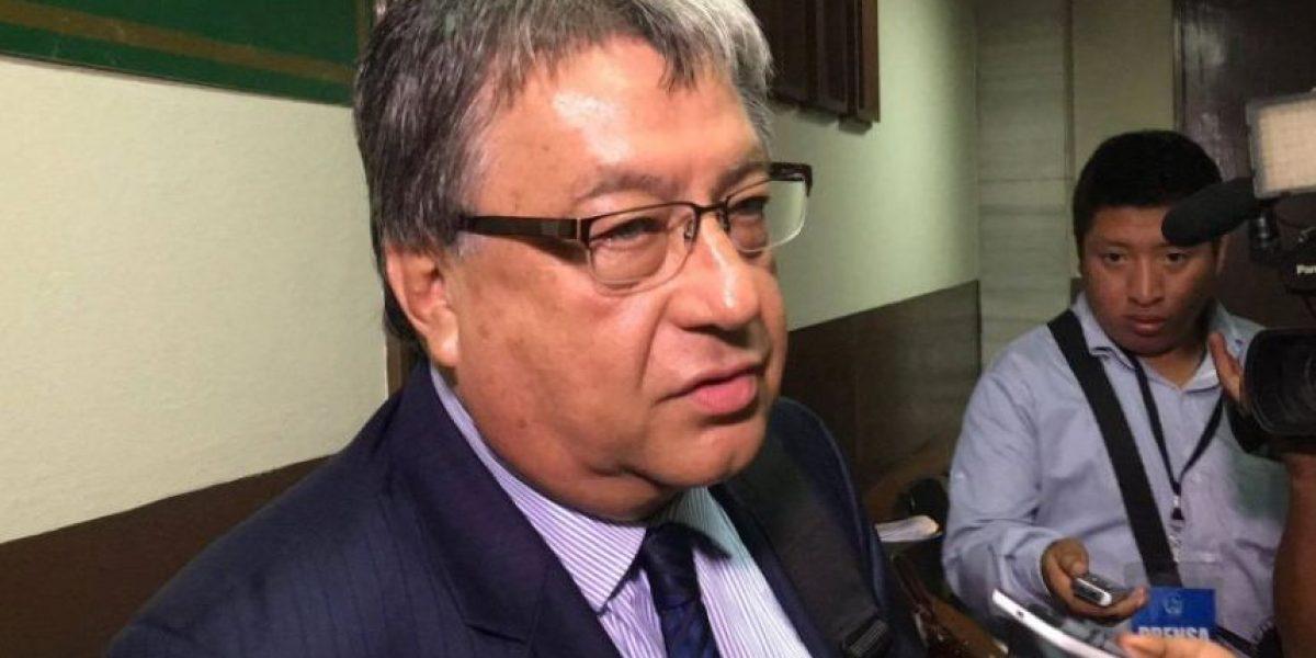 Diputado Fajardo rechaza a pesquisidor que conoce solicitud de antejuicio en su contra