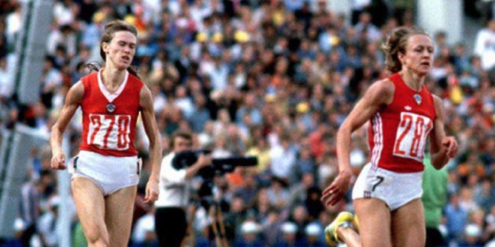 800 metros – Nadezhda Olizarenko (Unión Soviética). Tiempo: 1:53.43 – Moscú 80 Foto:Getty Images