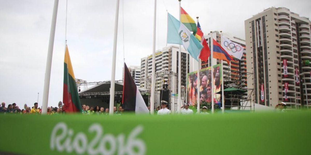 La bandera azul y blanco ya ondea en Rio de Janeiro