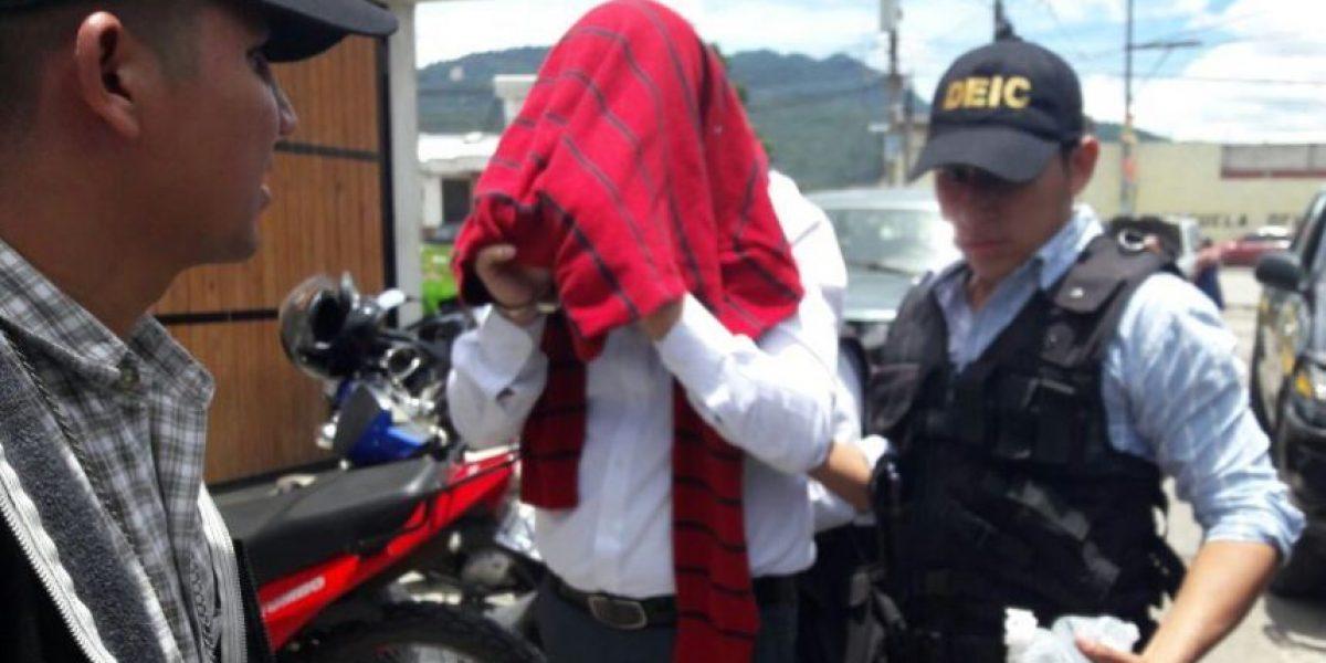 Cinco empleados del IGSS de Quetzaltenango son capturados por corrupción