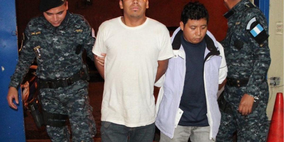 Capturan a dos supuestos traficantes de personas