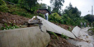 Al menos 38 muertos por deslaves tras paso de tormenta Earl en México