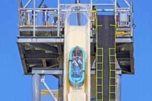 Y que los acompañantes de la balsa no pesen más de 226 kilogramos Foto:Schlitterbahn.com