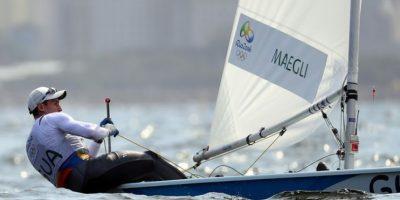 El velerista guatemalteco ganó posiciones en la general para la clase Láser Estándar. Foto:COG