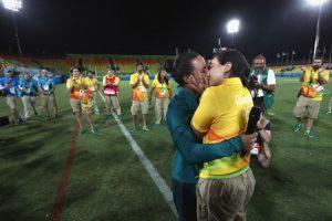 El cual fue aplaudido por la prensa, voluntarios y público que aún estaban en el estadio Foto:Getty Images