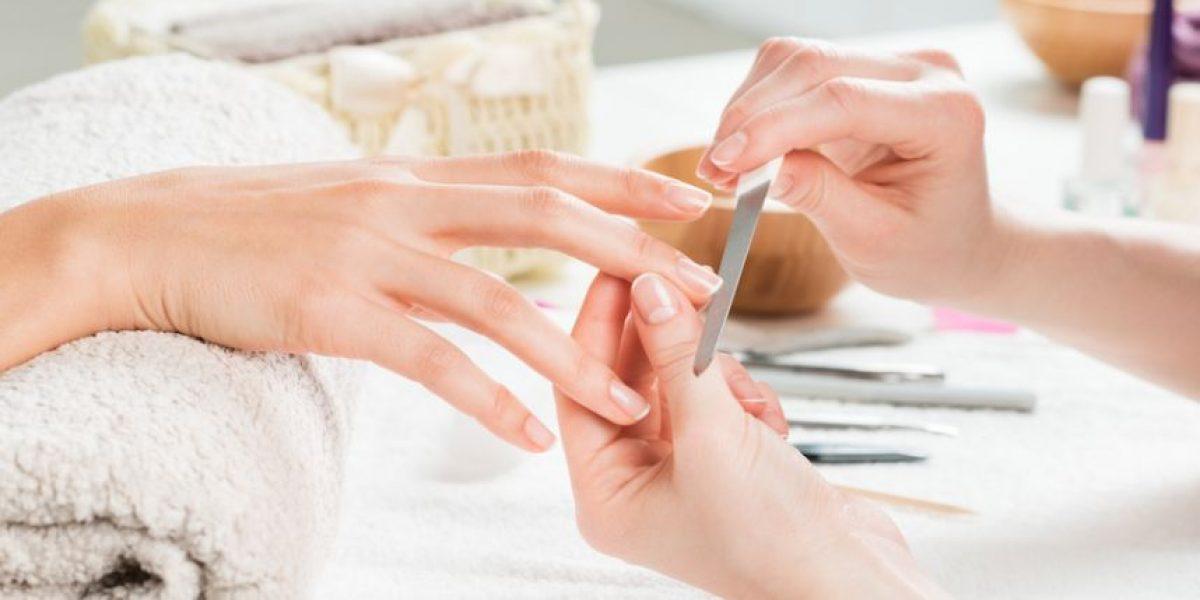 ¿Tienes uñas quebradizas? Sigue estos consejos para fortalecerlas