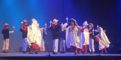 El Ballet Moderno y Folklórico se luce en Francia