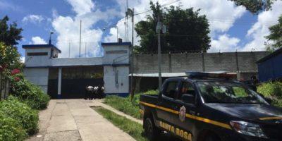 """Asesinan a reo en cárcel """"El Boquéron"""" en Santa Rosa"""