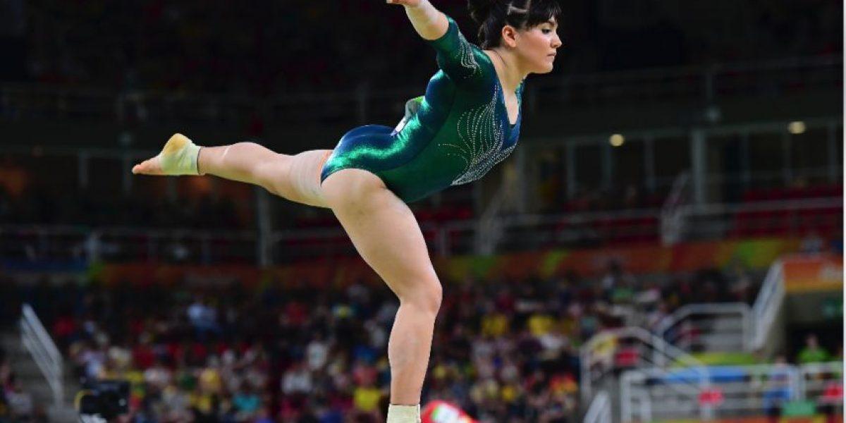 Rinden homenaje a gimnasta mexicana tras burlas por su peso en Rio