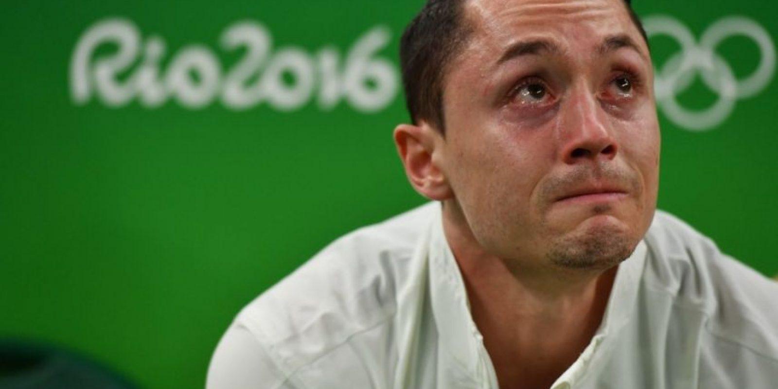 El gimnasta argentino Andreas Toba tuvo que abandonar la competición por lesión Foto:Ines Boubakri