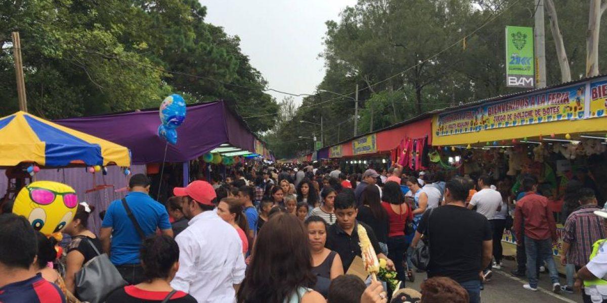 Así disfrutan los guatemaltecos un día en la Feria de Jocotenango