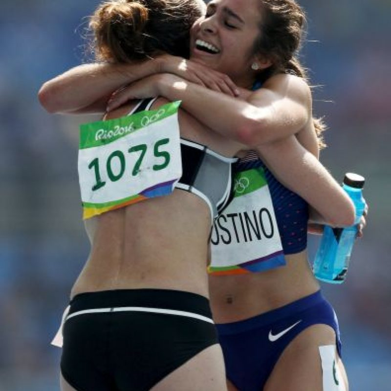 Abbey D'Agostino y Nikki Hamblin fueron las grandes protagonistas de la imagen más emotiva de Río 2016 Foto:Getty Images