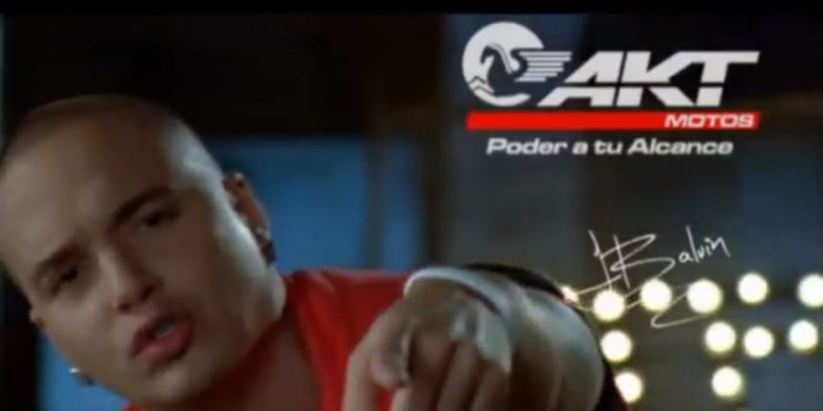 Talentoso y carismático, José Álvaro Osorio Balvín comenzó a ser recordado por un comercial de motos. Foto:vía Youtube