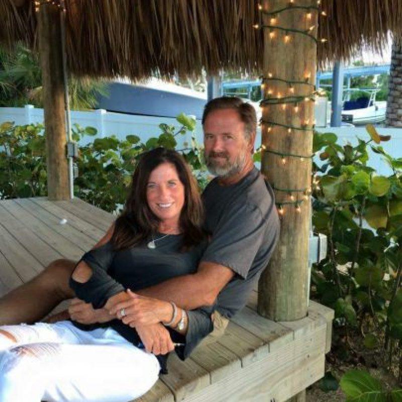 Michelle Mischon Stevens y su esposo John Stevens Foto:Facebook.com
