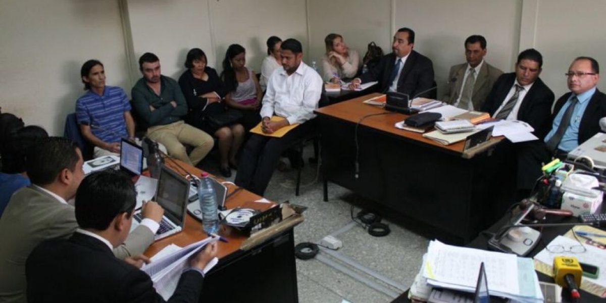 """Juez cita a los beneficiados del caso """"Plazas fantasma"""" del exdiputado Edgar Cristiani"""
