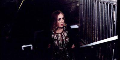 Adele a punto de llorar se disculpa con sus fans en Instagram