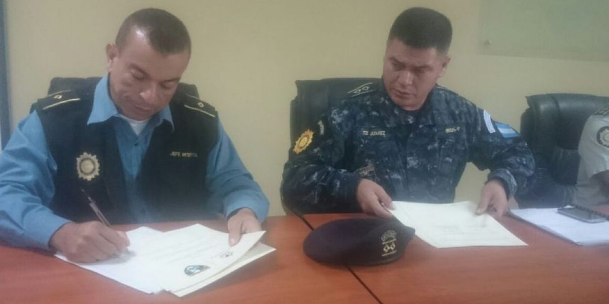 Dos unidades de la Policía de Guatemala acuerdan fortalecer el control en las fronteras