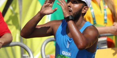 Con gran sacrificio Mario Bran cruza la meta de los 50 km en Rio