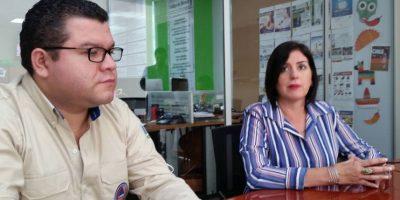 Irma Palma, del PMA, y David de León, de la Conred, explican sobre la labor humanitaria Foto:Publinews