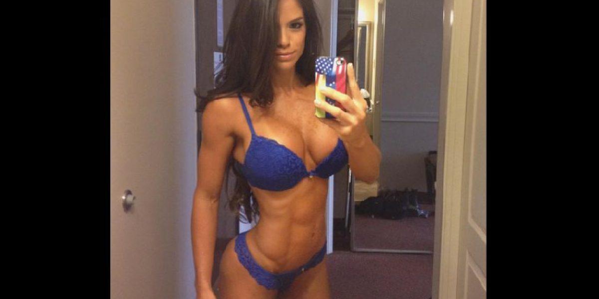 Michelle Lewin protagoniza el video de fitness más sexy de la semana