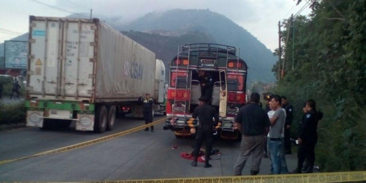 Pasajero ultima a un delincuente en autobús que se dirigía a la ciudad de Guatemala