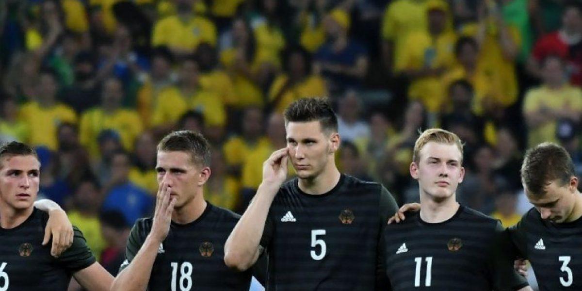 Futbolista alemán se