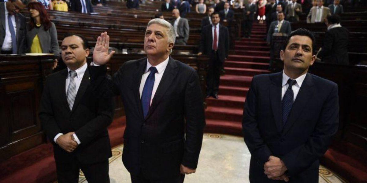 Juramentan como diputado a Melgar Padilla, quien asesoraba a Jimmy Morales sin cobrarle
